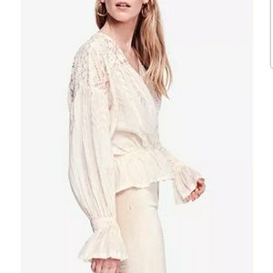 NWT FREE PEOPLE CREAM POET BLOUSE SIZE SMALL